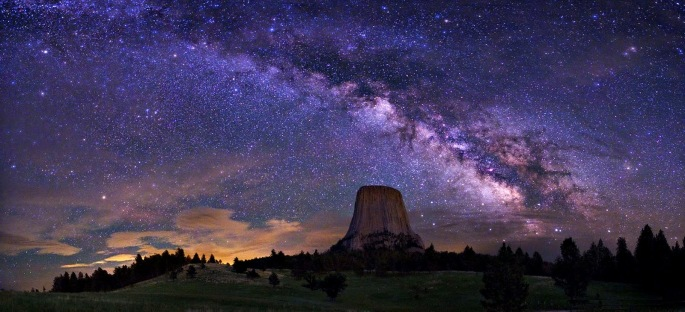 Milky-Way-Galaxy-Devils-Tower